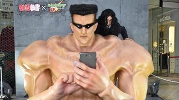 東京出現超大型「戶愚呂弟」模型 讓你扮演哥哥趴在肩膀上合照!