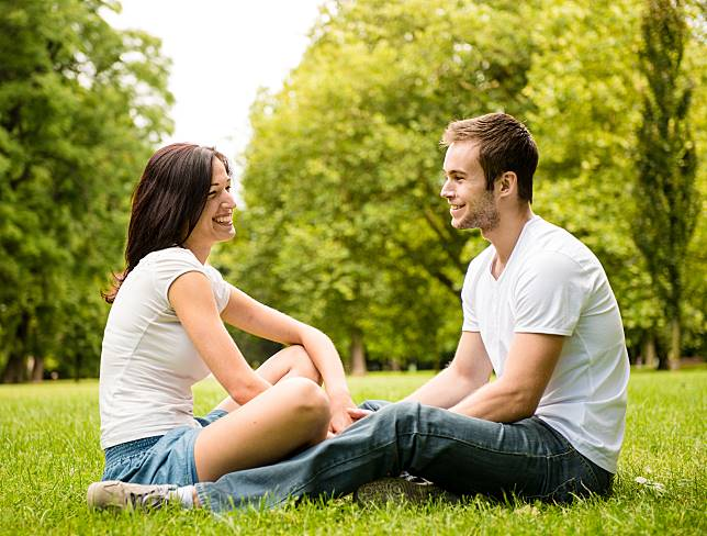 Mencintai Tapi Enggan Berkomitmen: Apa yang Harus Dilakukan?
