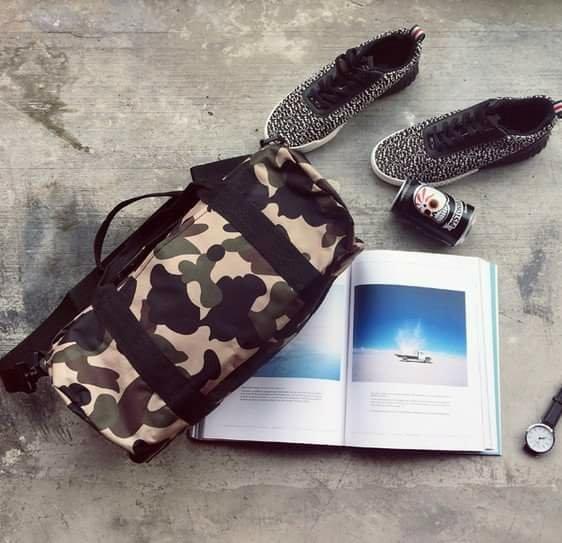 潮流迷彩 旅行包 手提 側背包 腰包 郵差包 外出包 水桶包 OVK Bape 日本