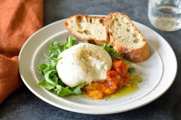 5 Hidangan Burrata Khas Italia yang Mirip dengan Mozarella, Mau?