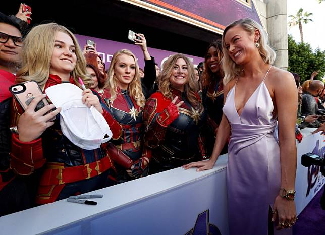 Cast member Brie Larson poses with fans on the red carpet at the world premiere of the film 'The Avengers: Endgame' in Los Angeles, California, April 22, 2019.