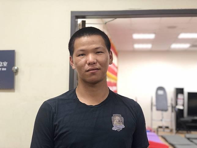 中職打擊王廖健富重返一軍,立刻以平頭新造型亮相,希望帶來好運。記者藍宗標/攝影