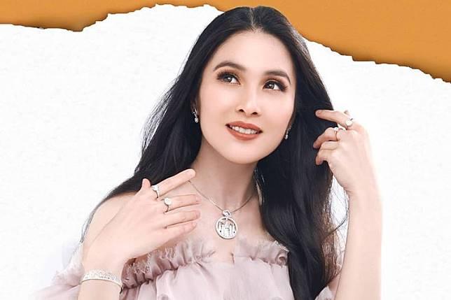 Koleksi Fairy Tale dari Sandra Dewi Gold.(Dok. Sandra Dewi Gold)