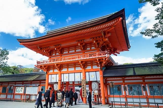 葵祭是下鴨神社及上賀茂神社的祭典,這兩間神社都是京都的保護神,葵祭是下鴨神社的,下鴨神社位於左京區,主祭神為玉依姬命與賀茂建角身命。(互聯網)