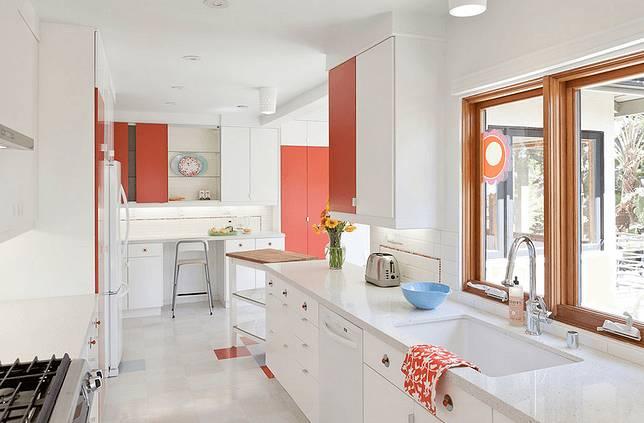 7 Cara Mudah Menciptakan Desain Ideal Untuk Dapur Kecil Minimalis Dekoruma Com Line Today