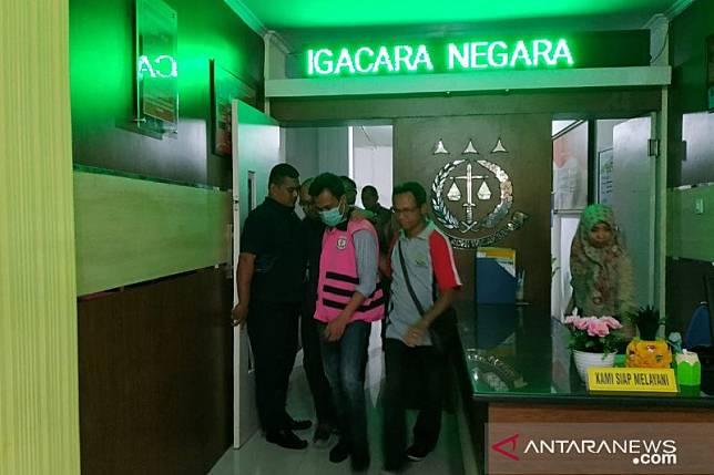 Kejari Jember tahan kontraktor tersangka korupsi Pasar Manggisan