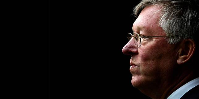 ™  Ferguson: Manchester United Tak Beruntung Musim Ini