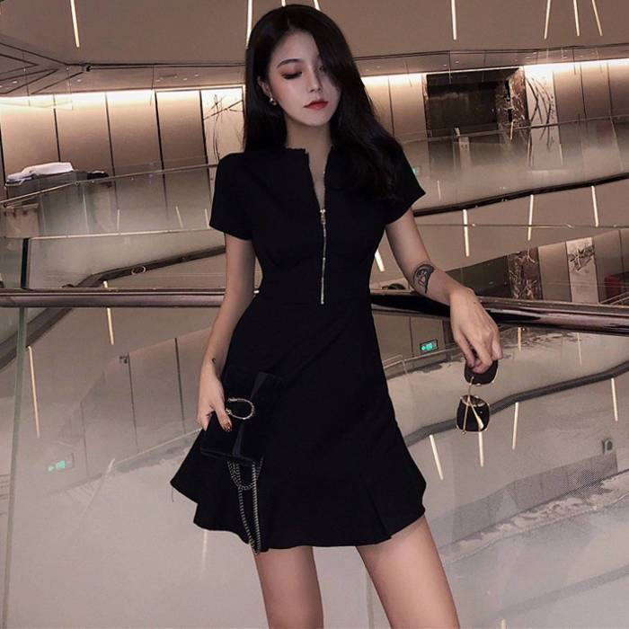 連衣裙夏2019最新款裙子女學生韓版小個子閨蜜裝時尚短袖小黑裙潮