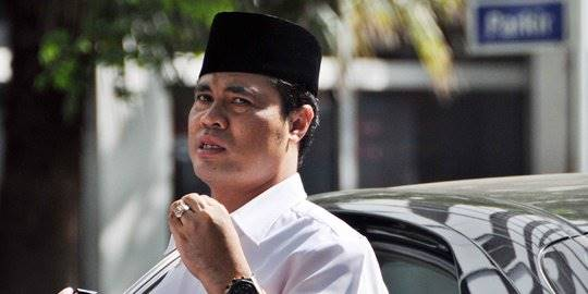 bupati garut aceng fikri. ©2012 Merdeka.com/dwi narwoko