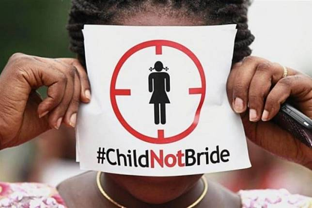 The Indonesian Child Protection Commission (KPAI) has revealed that as only 5 percent of child marriages were granted court exemptions, the remaining 95 percent may have been carried out with falsified documents.