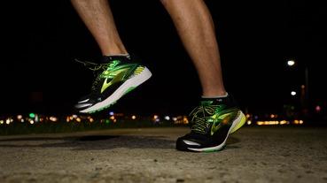 勘履鞋評 / 高效動能與穩定支撐 BROOKS Ravenna 8 跑鞋體驗