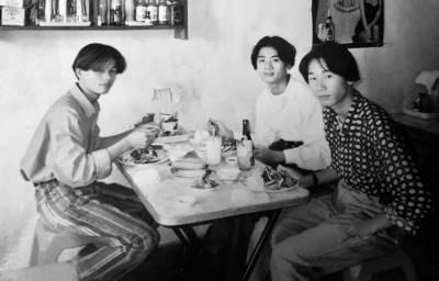 Lâm Khánh Chi nhẹ nhàng 'thả ảnh' 25 năm trước, tiết lộ bất ngờ về mối tình đầu