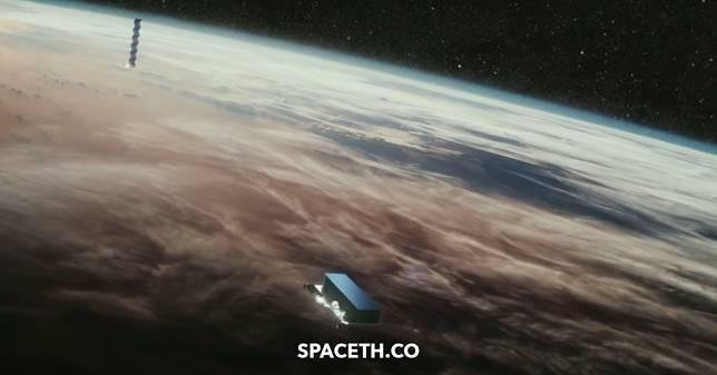 SpaceX ทดลองเคลือบดาวเทียม Starlink เพื่อแก้ปัญหารบกวนการดูดาว