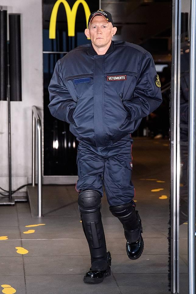 據說由Demna操刀的Balenciaga 2019秋冬系列時裝騒,將如期於9月29日在巴黎發表。(互聯網)