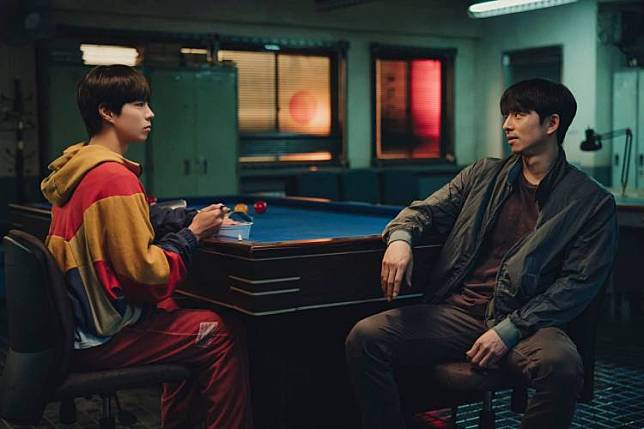 รีวิวภาพยนตร์ Seobok รับบทโดย กงยู และ พัคโบกอม มนุษย์โคลนนิ่งคนแรกของโลก