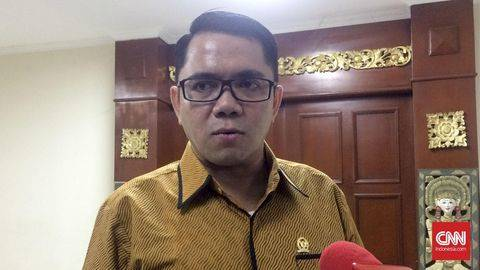 Arteria Dahlan. (CNN Indonesia/Mesha Mediani)