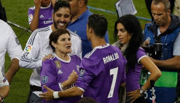 Cristiano Ronaldo Menjadi Ayah Bayi Kembar Tempo Co Line Today