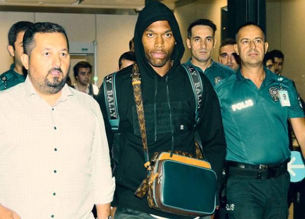 Bekas Penyerang Liverpool Hijrah ke Liga Turki