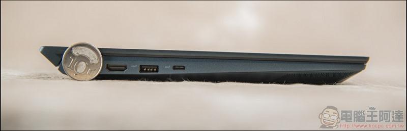 ASUS ZenBook Duo UX481 開箱 - 16