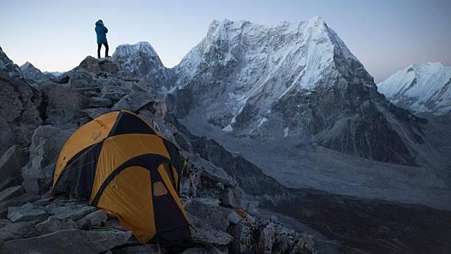 Nepal Batasi Pendaki ke Himalaya