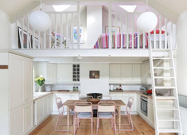 Cocok untuk Hunian Mungil Berikut 8 Inspirasi Desain Mezzanine di Rumah