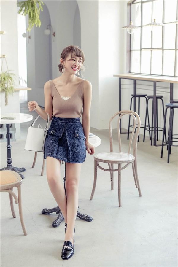 合褶造型口袋短裙
