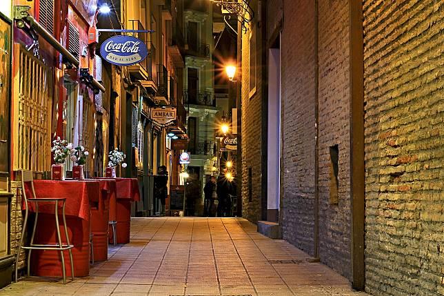 ▲為何台灣沒有「 24hr 飲料店」?民眾揭暗黑真相。(示意圖/翻攝自 pixabay )