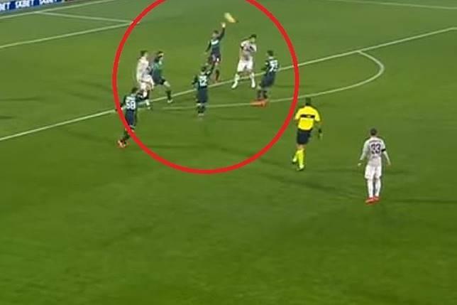 VIDEO - Tendangan Geledek Ronaldo yang Justru Kena Muka Rekan Sendiri