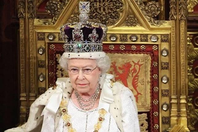Ratu Elizabeth (Reuters/ Antaranews.com)