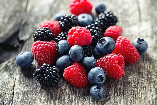 7 ผักผลไม้เพื่อสุขภาพ ช่วยชะลอวัย ลดริ้วรอย บำรุงผิวสวยสุขภาพดี!!