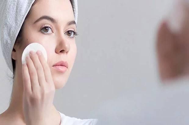 3 Cara Merawat Wajah yang Tepat untuk Kulit Berminyak