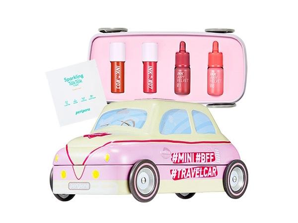 韓國 Peripera~旅行汽車迷你組合(唇釉x4+爽膚棉片x2)【D494525】,還有更多的日韓美妝、海外保養品、零食都在小三美日,現在購買立即出貨給您。
