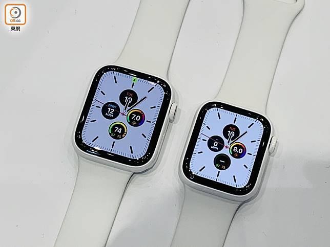 維持40mm及44mm兩款錶殼尺寸,當中的陶瓷白超靚!(陳志滔攝)