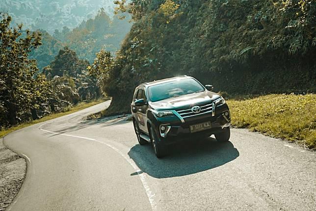 Toyota Fortuner VRZ 2.4 4x2
