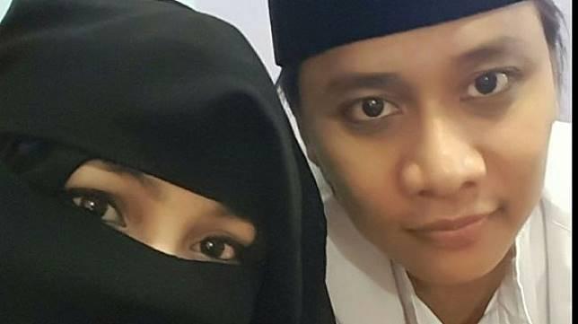 Nengmas Putriyanti dan suaminya
