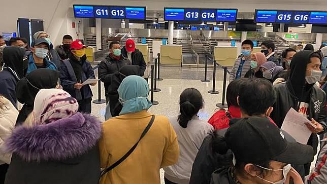 Suasana Evakuasi 245 WNI di Bandara Tianhe Wuhan