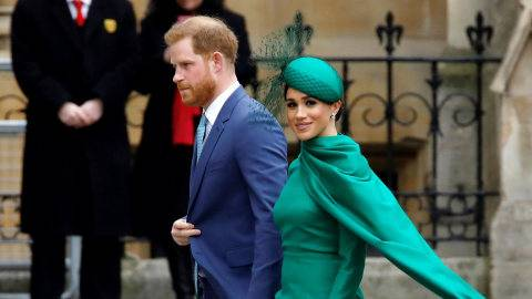 Tips Social Distancing dari Pangeran Harry & Meghan Dikecam Banyak Follower