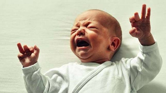 Bayi rewel / menangis