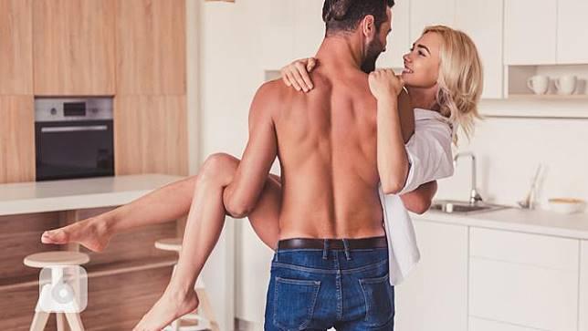 10 Kiat Seks Sederhana nan Memuaskan