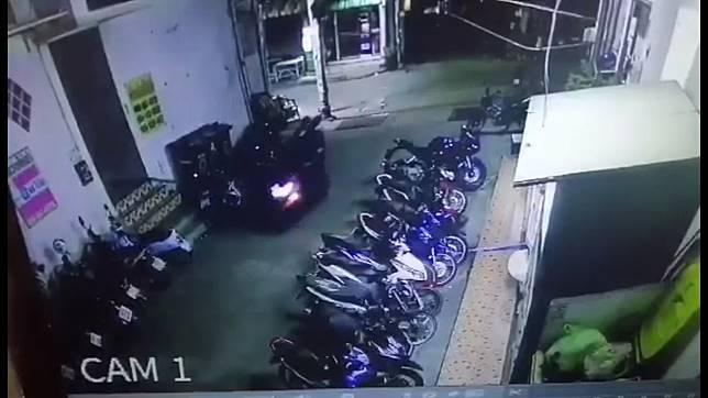 พ่อขายควาย 9 ตัว เอาเงินมาดาวน์รถให้ลูกขี่ไปทำงาน ออกรถได้ไม่ ถึง 20 วันรถหาย