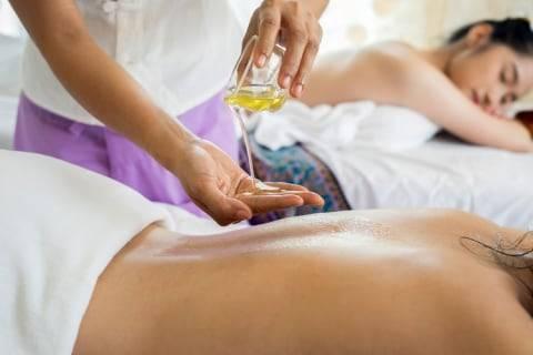 Terapis Pijat Online Curhat Dapat Rating Rendah