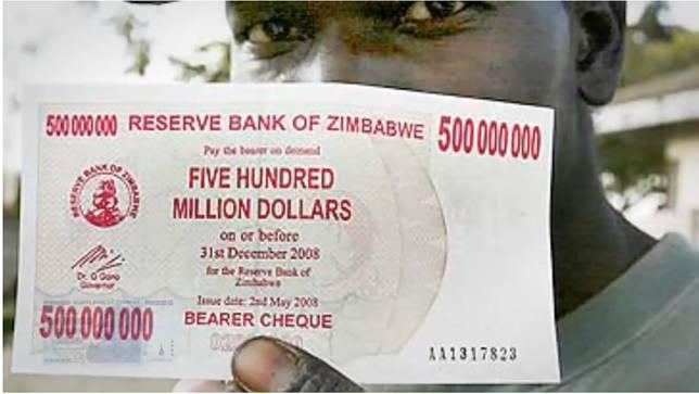Beli telur di Zimbabwe aja, bisa bikin kita seperti milyarder lho! Hem.. keren?