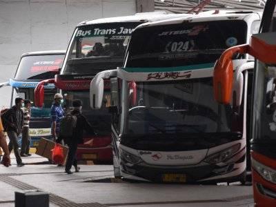 Cegah Penyebaran Virus Corona, Pemprov DKI Stop Operasi Bus Antarkota