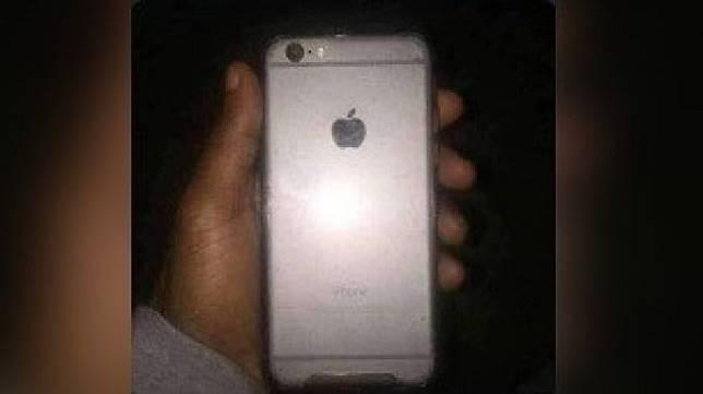 Postingan warganet mencurigai keaslian iPhone 6 miliknya. [Instagram]
