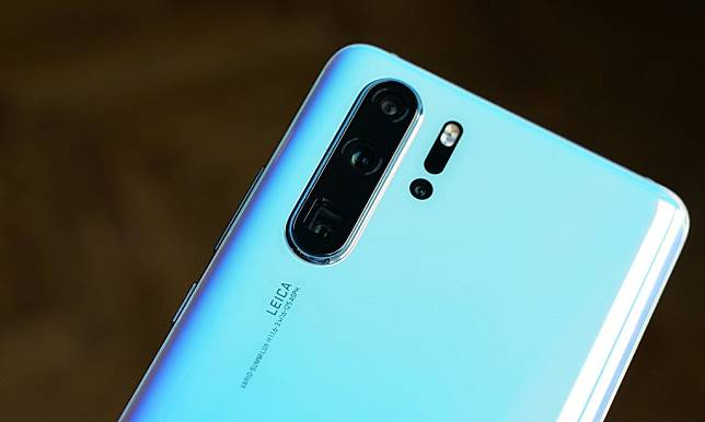 Huawei P30 Pro. (Samuel GIbbs / The Guardian)