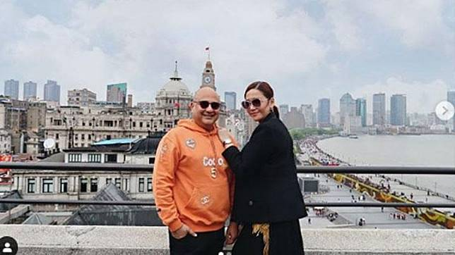 Maia Estianty bersama suaminya Irwan Mussry. Instagram/@maiaestiantyreal