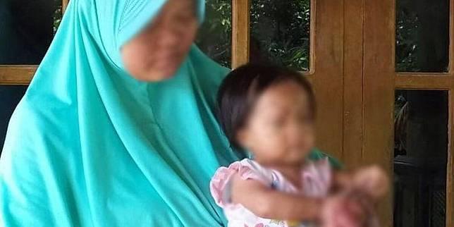 Bocah asal Sragen, Jawa Tengah, yang jari tangan kanannya bengkak digigit kutu kucing meninggal dunia, Kamis (28/5/2020). (KOMPAS.com/LABIB ZAMANI)