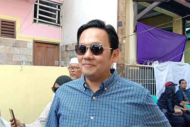 Farhat Abbas Tipu Elza Syarief Rp 10 Miliar untuk Beli Apartemen, Mobil, dan Urus Kasus
