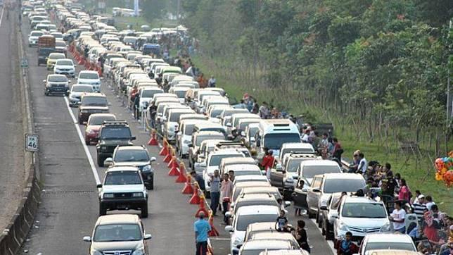 Ilustrasi kemacetan di jalur Puncak saat musim libur