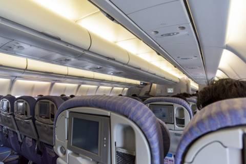 美多家航空公司開始把座椅後螢幕拆了 關鍵幾個原因曝光了!